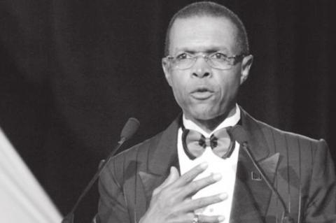 Legendary Gale Sayers Dies at Age 77