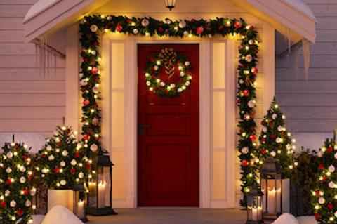 Simple Lighting Tips to Dazzle Holiday Guests